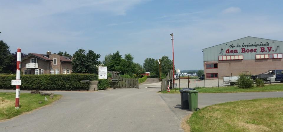 Een werkplaats voor onderhoud aan ons materieel en een ruim op- en overslagterrein